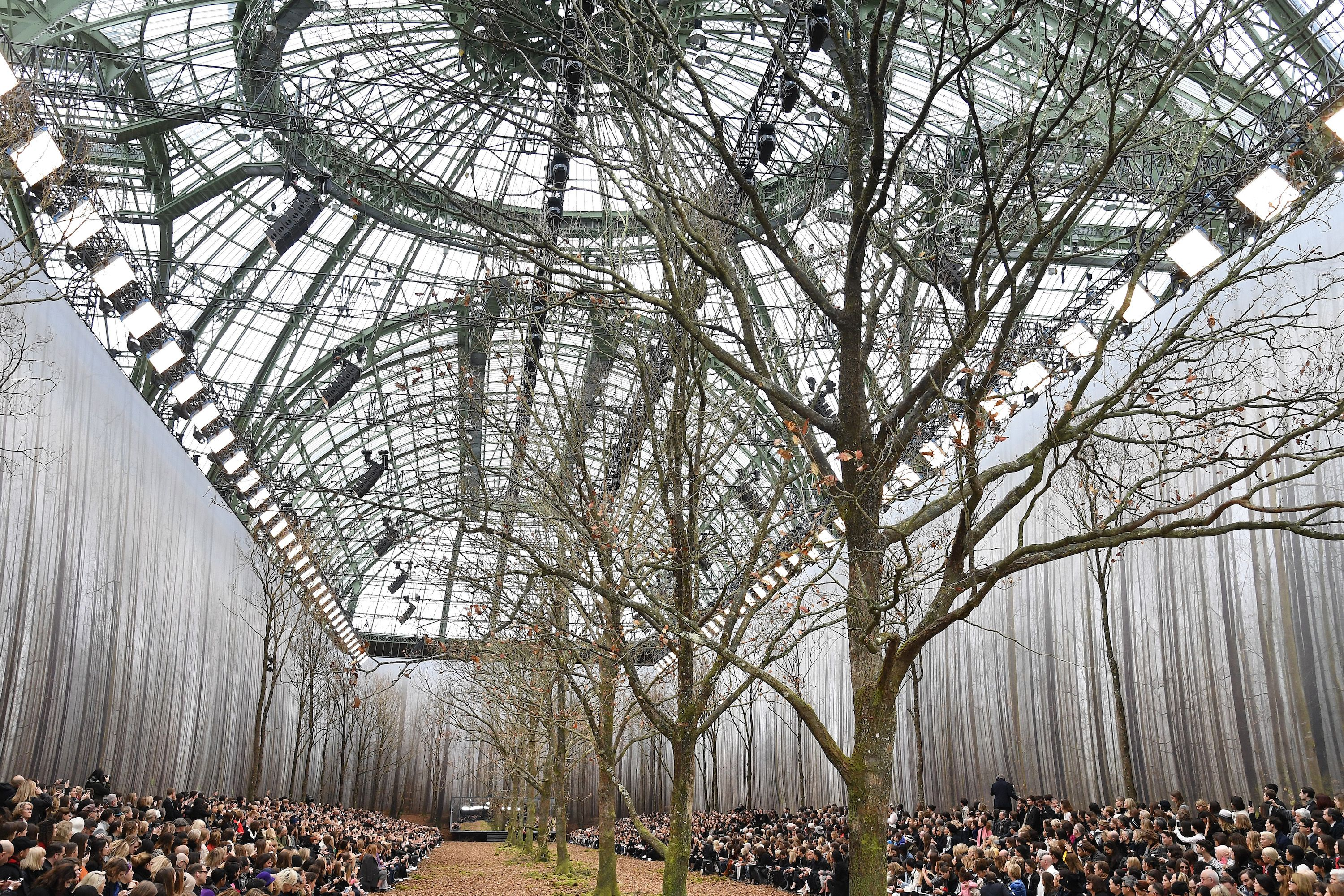 Chanel Paris Fall Winter Runway 2018 2019