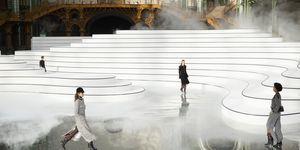Beeld van de Chanel-show in Parijs, vertoning van de Herfst/Winter 2020 collectie