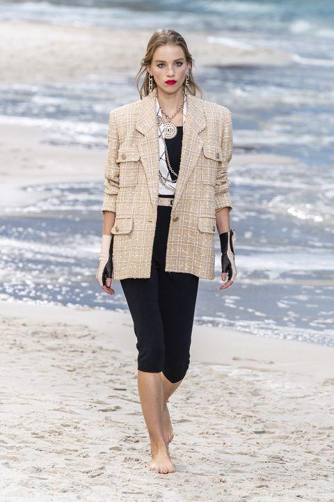 outfit elegante donna,come creare un outfit, come creare outfit perfetti, outfit anni 50 donna, outfit pantaloni donna, outfit completo donna, abbinamenti originali vestiti, abbinamenti particolari vestiti, abbinamenti sbagliati vestiti
