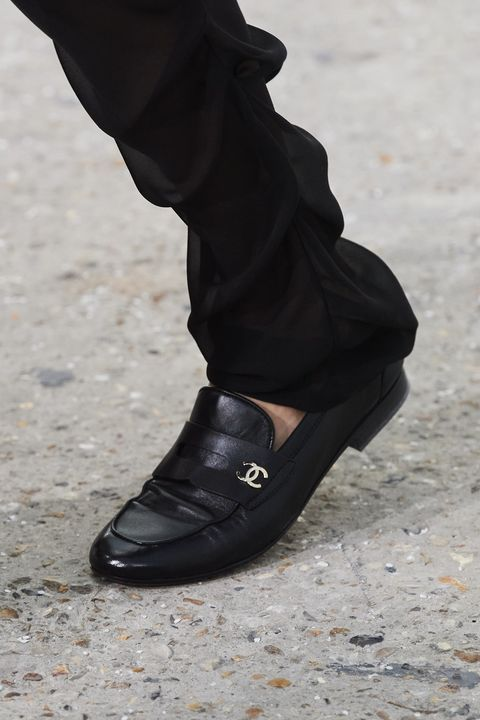chanel spring 2021 runway shoes
