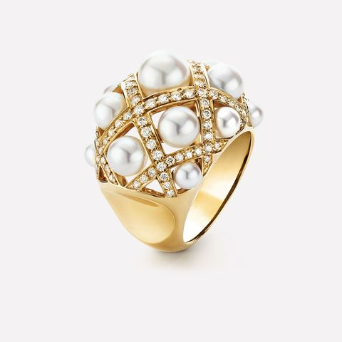 best cocktail rings   chanel pearl cocktail ring