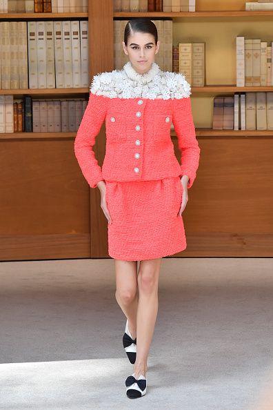 Clothing, Fashion model, Fashion, Pink, Outerwear, Coat, Collar, Haute couture, Street fashion, Waist,