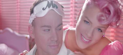 How Kelly Clarkson Found Her Joy