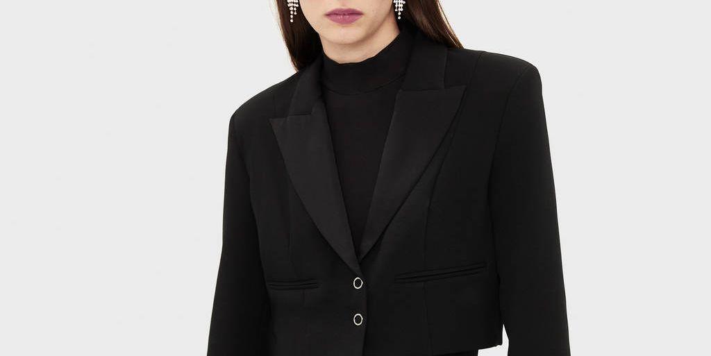 La chaqueta de Bershka que te añade centímetros sin tacones