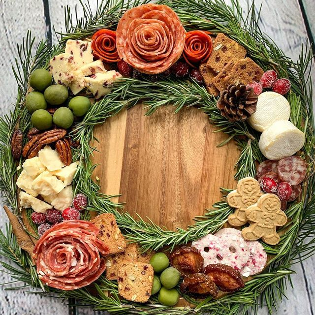 charcuterie wreath christmas appetizer