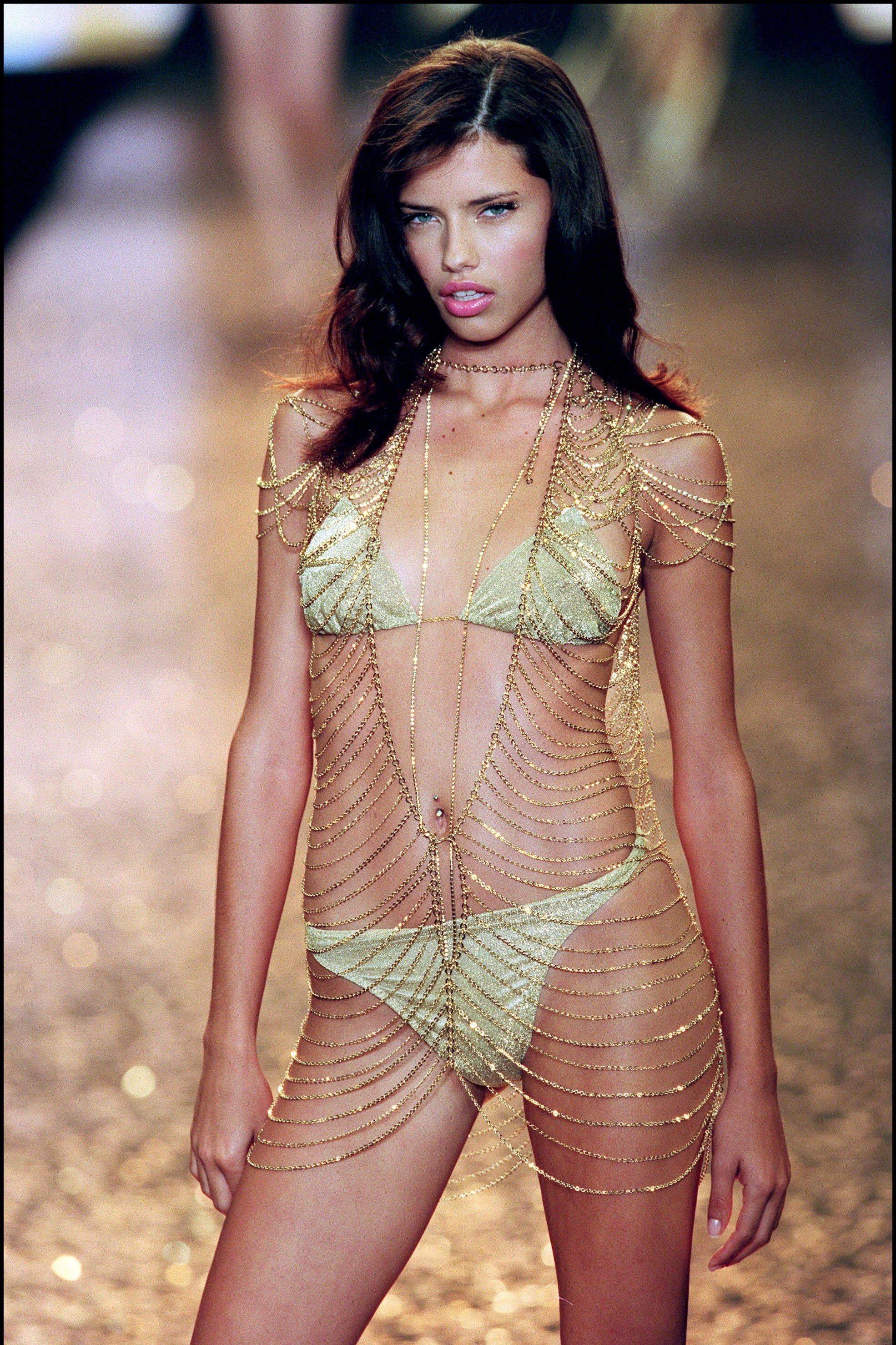 AMFAR charity gala evening : the Victoria's Secret fashion show In Cannes, France On May 18, 2000-
