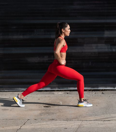 Improve Your Lunges with This Bodyweight Workout