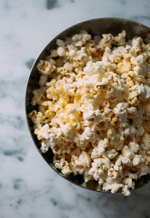 Kettle corn, Popcorn, Food, Cuisine, Dish, Snack, Ingredient, Recipe, American food,
