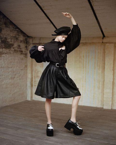 Footwear, Fashion, Leg, Shoe, Photography, Dress, Photo shoot,