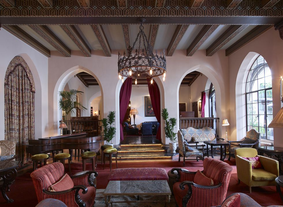 hotels for celebrity sightings