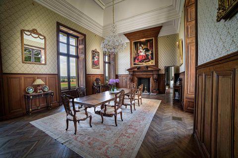 Un palais de la Basse Vallée, France, le 15 juillet 2021 mis aux enchères via Concierge Auctions