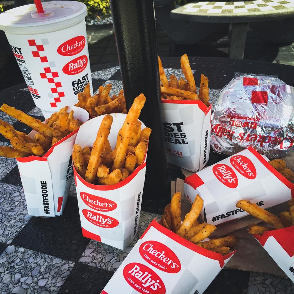 Checkers & Rally's Just Started A Free Meal Program For Healthcare Workers
