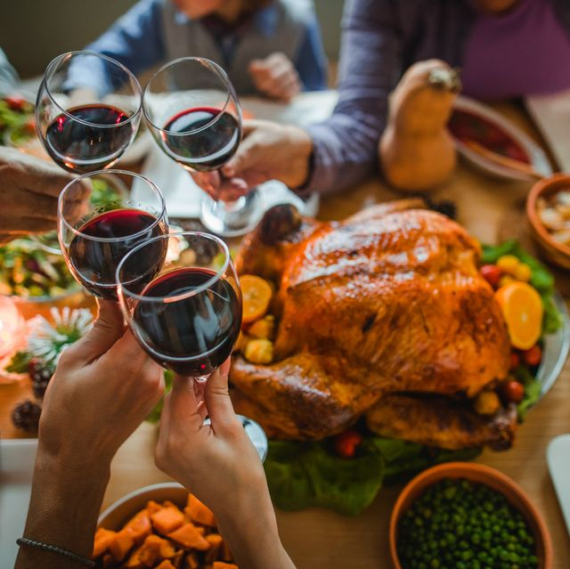 thanksgiving dinner with wine