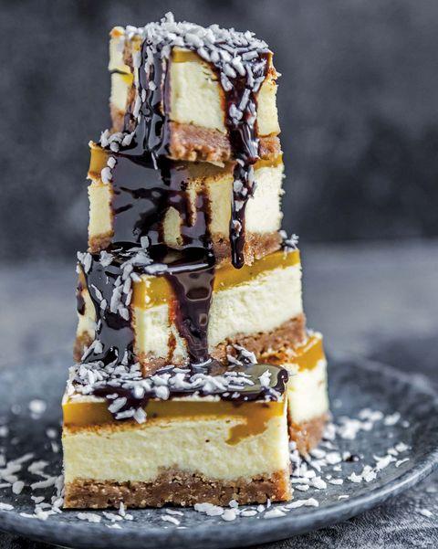 Cheesecake de mango con chocolate
