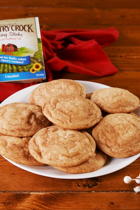 Dish, Food, Cuisine, Cookies and crackers, Snickerdoodle, Ingredient, Snack, Cookie, Baked goods, Dessert,