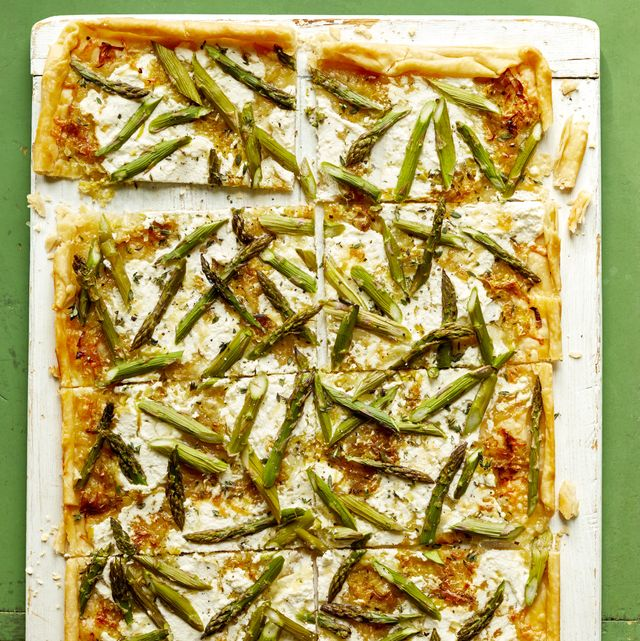 cheesy asparagus tart