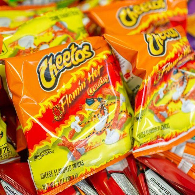 cheetos flamin' hot crunchy