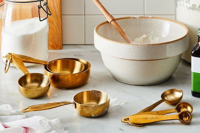 food52 gold measuring cup and spoons set