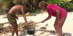 Isabel Pantoja cumple su deseo de ser la cocinera de su equipo en 'Supervivientes'