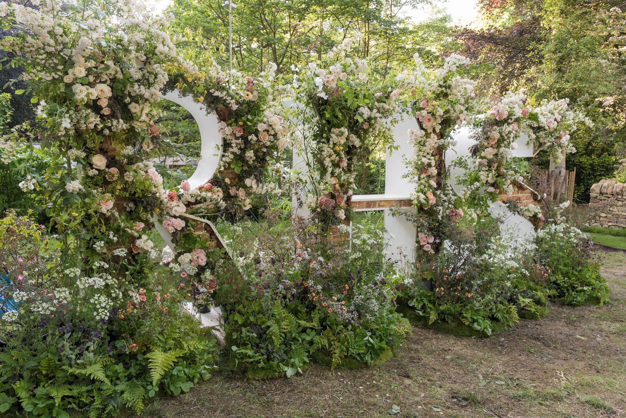 chelsea flower show 2019: london gate main entrance design