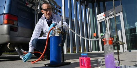 FRANCE-ENVIRONMENT-CHEMISTRY-CHEMICALS-RESEARCH-POLLUTION-WASTE
