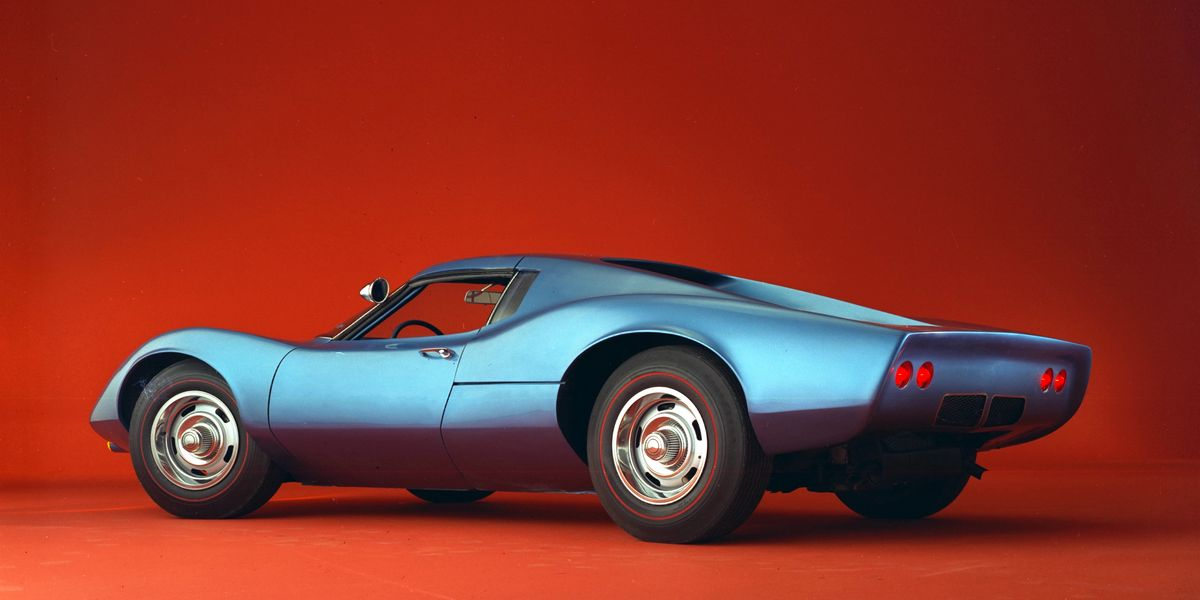 The 1968 Chevrolet Astro II Concept Is Where the Mid ...