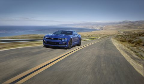 the chevrolet camaro ss using a naturally aspirated 62 liter v8 to drive down the open road