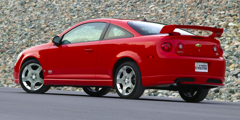 Land vehicle, Vehicle, Car, Motor vehicle, Compact car, Chevrolet cobalt, Personal luxury car, Rim, Vehicle door, Sedan,