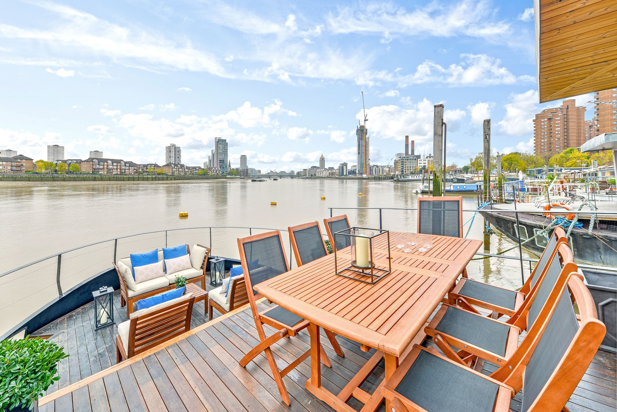 This new build houseboat in Chelsea is on sale for £1.7 million