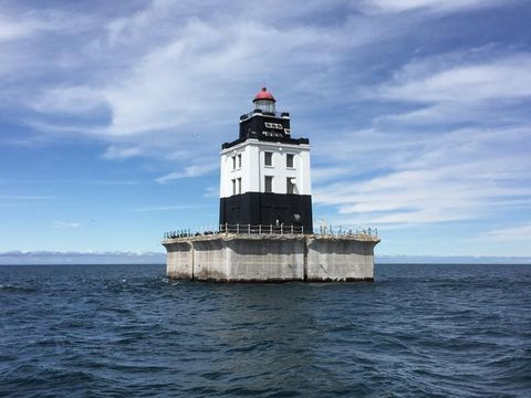 Gsa Gov Auctions >> Government Selling Lighthouses in Michigan, Maryland for ...