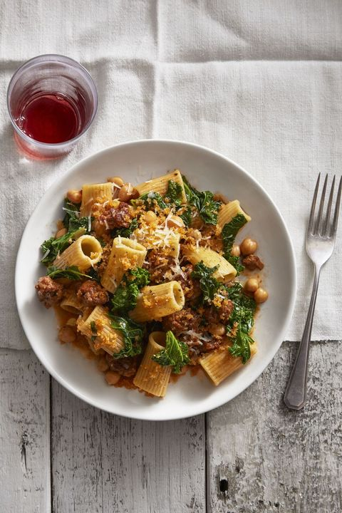 chickpea and kale rigatoni with smoky bread crumbs