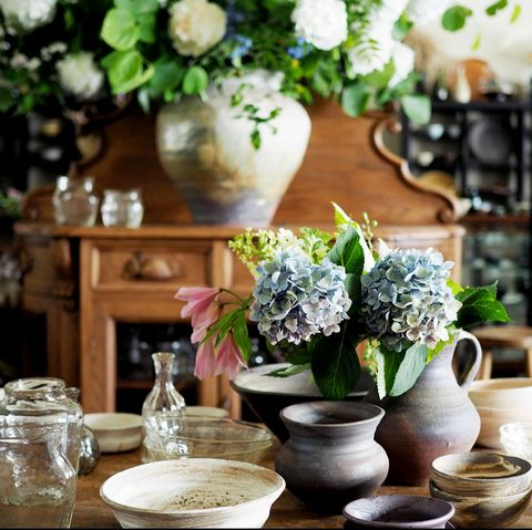 Flower, Centrepiece, Plant, Room, Porcelain, Flowerpot, Table, Interior design, Vase, Artificial flower,