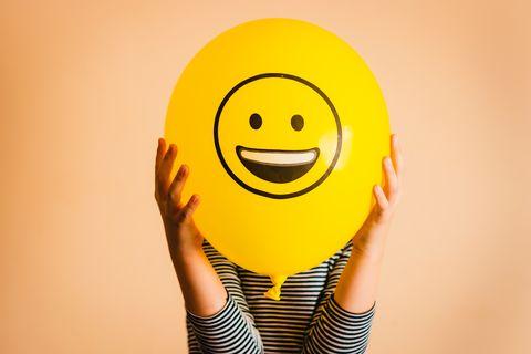 你不是真正的快樂?看心理學家從「笑的方式」看出一個人個性&是否真心快樂!