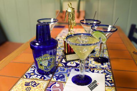 Drink, Liqueur, Distilled beverage, Alcoholic beverage, Alcohol, Barware, Wine glass, Stemware, Beer, Glass,