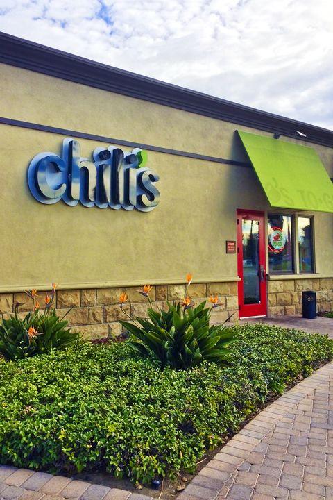 restaurants open on thanksgiving chili's