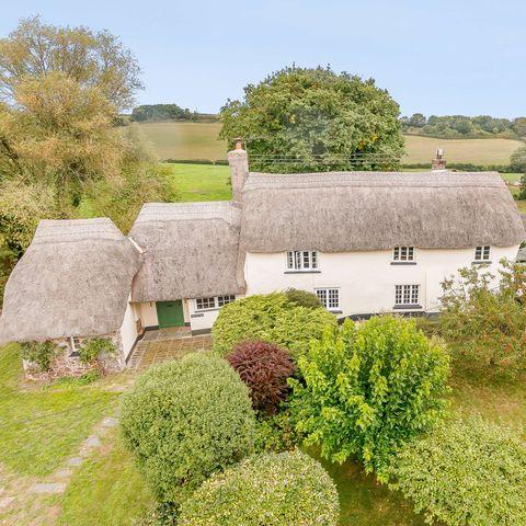 cottage for sale in devon   exterior