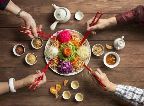 """chinese new year food, raw fish salad """"yusheng"""""""