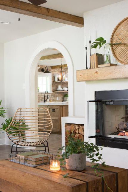 Family Room Designs With Fireplace