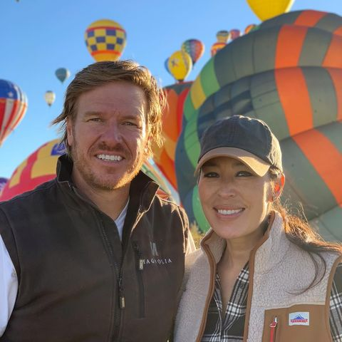 """HGTV """"Fixer Upper"""" Chip and Joanna Gaines Halloween Costumes"""