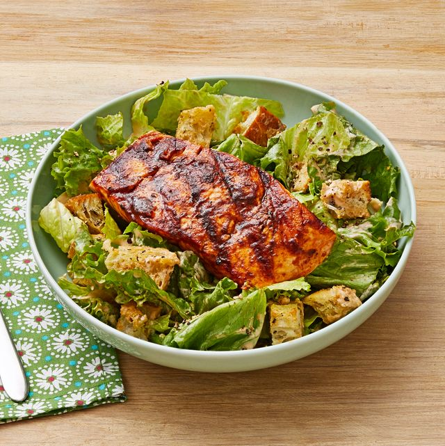 chipotle caesar salad with grilled chicken
