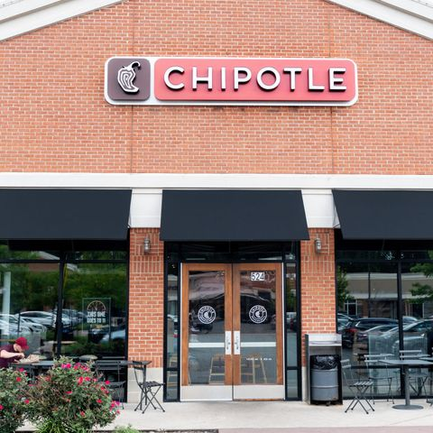 Chipotle Mexican Grill in North Brunswick Township, New...