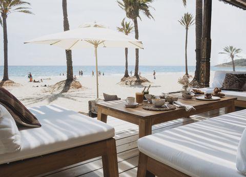 Los mejores sitios para comer y tomar copas en Ibiza, Mallorcam Marbella, Barcelona...