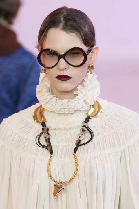 Chloe - Runway - Paris Fashion Week Womenswear Fall/Winter 2019/2020