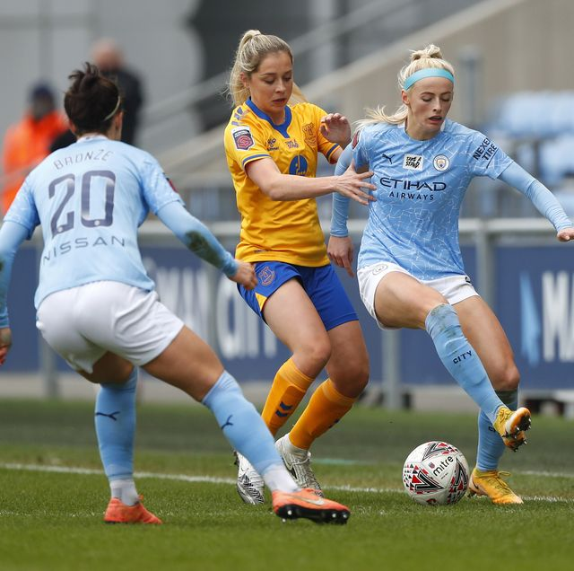 march 7, 2021, manchester, united kingdom chloe kelly of manchester city women and ingrid moe wold of everton during the the fa womens super league match at academy stadium, manchester picture date 7th march 2021 picture credit should read lynne cameronsportimagecredit image copy lynne cameroncsm via zuma wire cal sport media via ap images