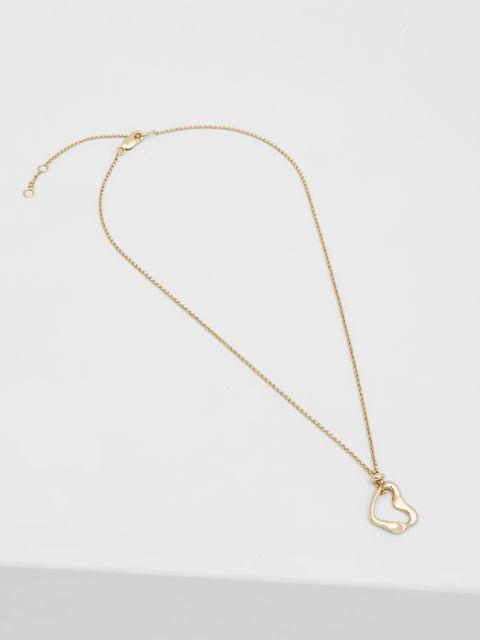 Jewellery, Necklace, Fashion accessory, Chain, Body jewelry, Pendant, Metal,