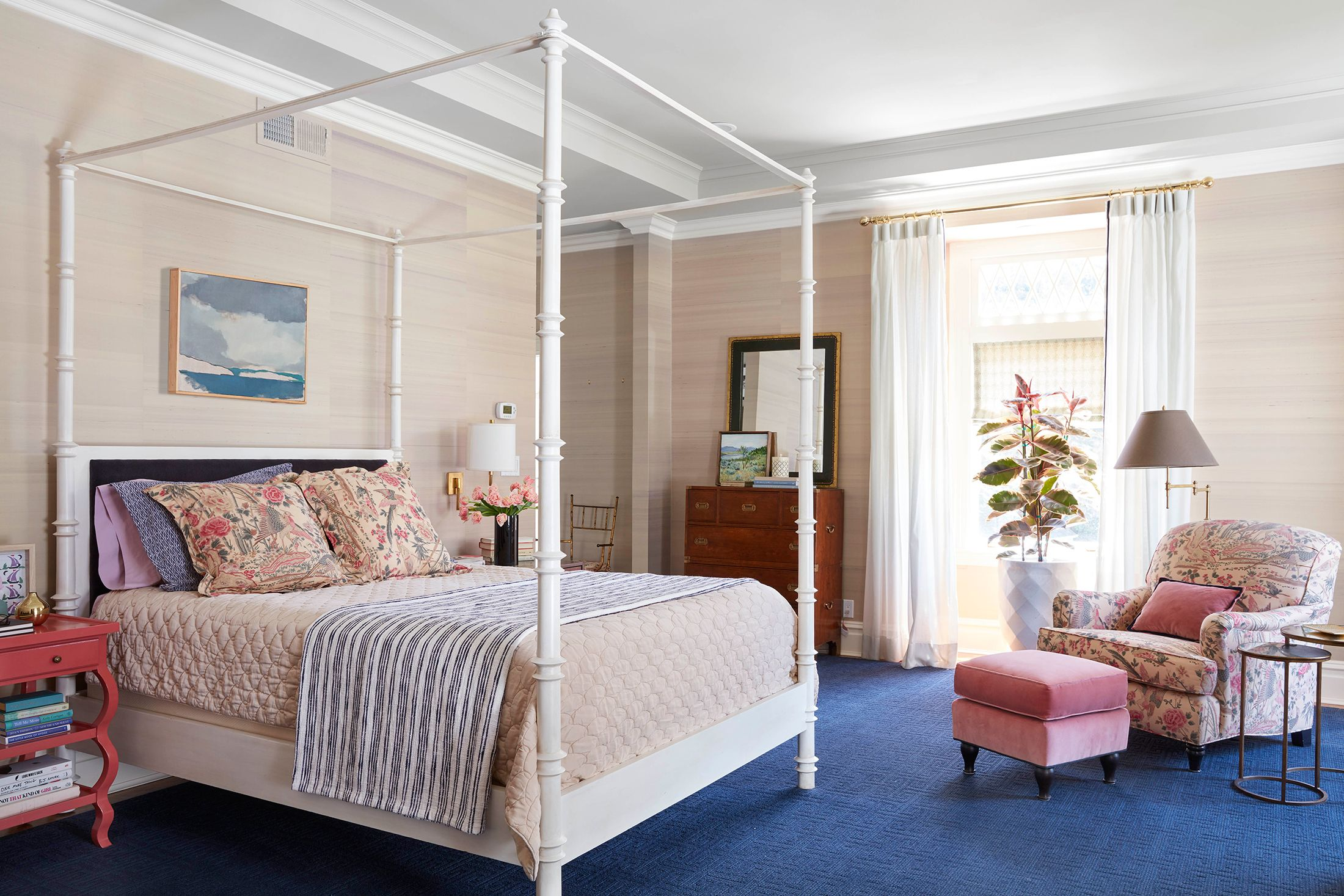 Picture of: The 11 Bed Types You Need To Know From Canopy To Murphy Beds