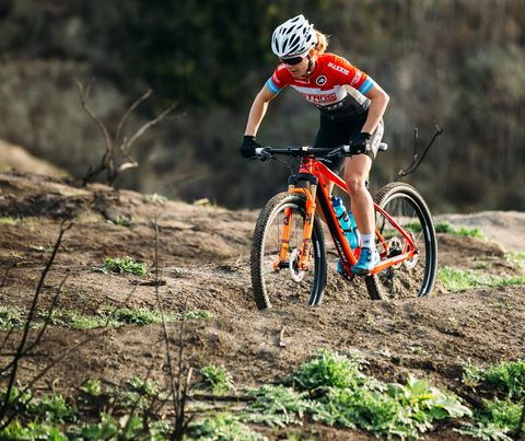 Land vehicle, Cycle sport, Bicycle, Cycling, Vehicle, Cross-country cycling, Sports, Bicycle frame, Bicycle racing, Mountain bike racing,