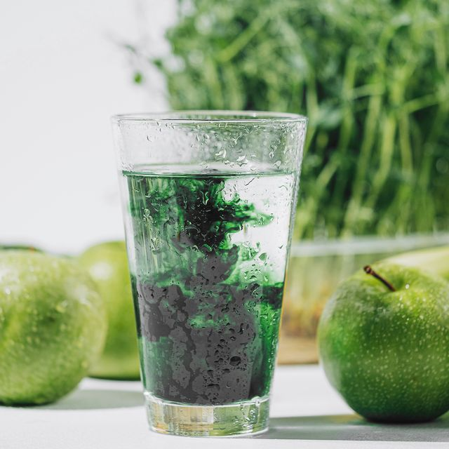 chlorophyll health benefits  experts uses and side effects