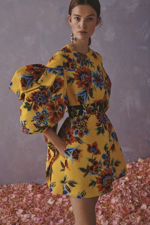 Clothing, Yellow, Dress, Shoulder, Fashion model, Day dress, Vintage clothing, Fashion design, Fashion, Retro style,