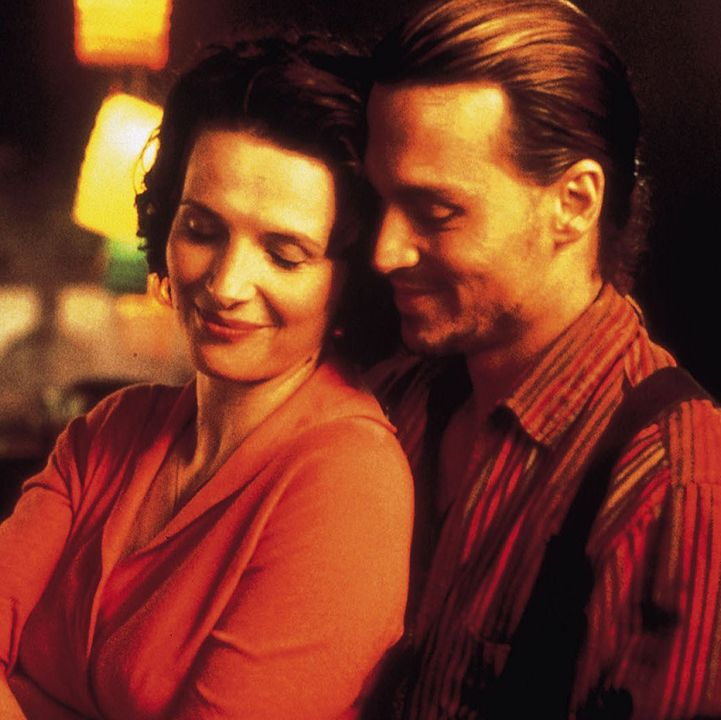 Chocolat Juliette Binoche stars in this romantic film from acclaimed director Lasse Hallström, playing a chocolatier who moves to a small French village and sees its repressed residents stirred up by her sweet concoctions.